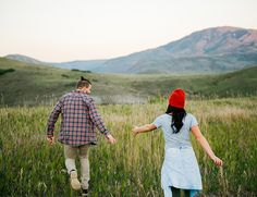 Utah Mountain Engagement Photos - love love this photo