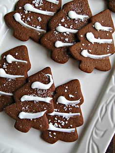 Gingerbread recipe made better with spiced maple icing rather than the lemon icing they mention Christmas Tree Cookies, Christmas Sweets, Christmas Cooking, Christmas Gingerbread, Noel Christmas, Christmas Goodies, Gingerbread Cookies, Gingerbread Men, Christmas Kitchen