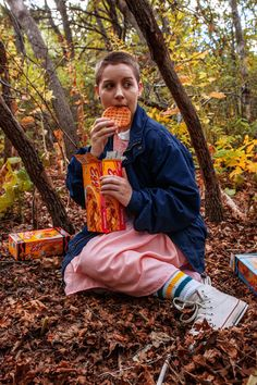 Eleven & Dustin from Stranger Things Cosplay http://geekxgirls.com/article.php?ID=8065