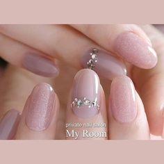nails - Designs of Beautiful Decorated Nails nailsdecoradasfrancesa, bestnailart dessinsd'ongles diseñosdeuñas nageldesign nail nailart nailartdesigns nailarttutorial naildesigns nails дизайнногтей ネイルデザイン、 Love Nails, Pink Nails, Pretty Nails, My Nails, Minimalist Nails, Bride Nails, Wedding Nails, Office Nails, Gel Nagel Design