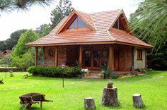 casas de madeira e tijolinhos