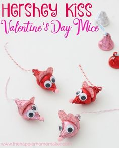 Valentine's Day Hershey Kiss Mice This is such a cute DIY Valentine's Day gift! My kids love these little candy treats!
