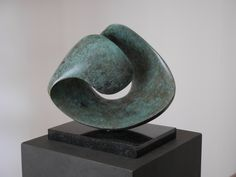 'Carezza', bronze,  Jan van der Laan ~ sculptures, 2017