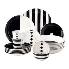 IKEA US - Furniture and Home Furnishings TICKAR Bowl IKEA The graphic pattern is inspired by Scandinavian simplicity and gives the dinnerware a stylish character. Black And White Dishes, Black White, Ikea Us, Side Plates, Dinner Sets, Graphic Patterns, Teller, Home Furnishings, Dinnerware