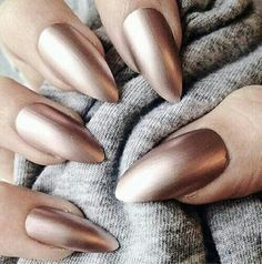Gorgeous golden tone metallic taupe nail color and almond shaped nails. I have to do these next! ❣ Like this pin? Follow me for more @rosajoevannoy!