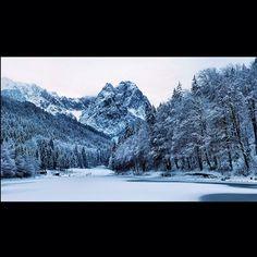 Riessersee, hinten die Waxensteine [28/11/13] #nature_obsession_landscapes #bd #bdphotoshare #ig_deutschland #bpd_ #jj_daily #live_planet #cool_capture #pro_shots_ #ig_europe #igworldclub #magic__photography #hdr_pics #around_theworld #nature_perfection #garmisch #partenkirchen #rsa_nature #insta_international #natureelite #instaparadise #amazingvillages #crispycapture #wu_europe #worldunion #euro_shots #naturegreenery #instasyon #snapsee #m_illusion #Padgram