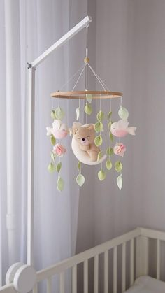 Pink Mobile, Mobile Baby, Woodland Nursery Girl, Woodland Mobile, Black And White Baby, Baby Room Decor, Baby Girl Nursery Decor, Animal Nursery, Boho Baby