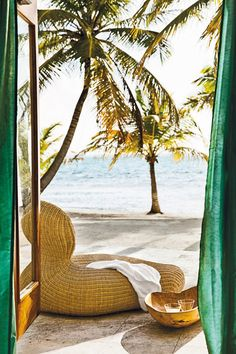 Belize, Caribbean | Photo by Martin Morrell via Condé Nast Traveller.
