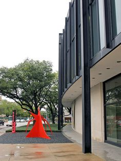 Houston Museum of Fine Arts / Mies van der Rohe Barcelona Pavillion, Farnsworth House, Houston Museum, Ludwig Mies Van Der Rohe, Museum Of Fine Arts, Travel Usa, Modern Architecture, Contemporary Art, Facades