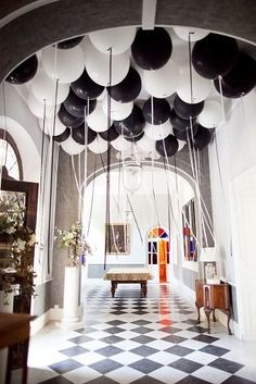 Unique Wedding Ideas You Will Want To Steal ★ wedding ideas black and white wedding balloons Black And White Wedding Theme, Pink Wedding Theme, Black Wedding Dresses, Blue Wedding, White Wedding Decorations, Balloon Decorations, Provence, Black And White Balloons, Black White