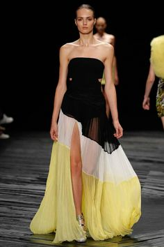 Adore!! -Black, White and Yellow Spring dress with slit - J. Mendel Spring 2015 Ready-to-Wear - Style.com