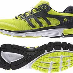 Adidas NOVA CUSHION M férfi futócipő. Klasszikus sportos stílus egy szépen kipárnázott futócipőben. ez az Adidas Nova Cushion M férfi futócipő. Kényelmes belső talp, ADIPRENE® talpközép és sarokrész, TORSION® a középtalp támogatásáért. OLVASS TOVÁBB!