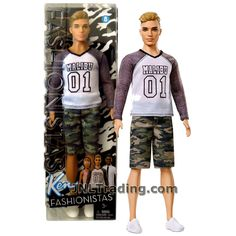 Barbie dolls holds, many methods from old-fashioned timber residences to really Barbie Dreamhouses. Ken Barbie Doll, Doll Clothes Barbie, Barbie Toys, Barbie Collector, Barbie And Ken, Barbie Playsets, Barbie Stuff, Accessoires Barbie, Barbie Fashionista Dolls