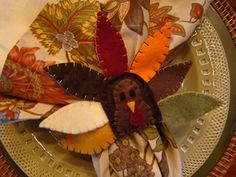 Diy free printable thanksgiving napkin keepers pretty table settings for the thanksgiving table napkin ringsthanksgiving solutioingenieria Gallery