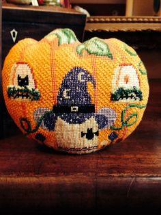 Halloween needlepoint pumpkin