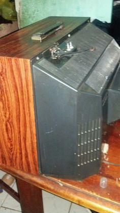televisão da marca philco fabricada na decada de 70