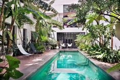 Why You Should Buy a French Property in Marseille? Small Backyard Pools, Small Pools, Outdoor Swimming Pool, Swimming Pools, Outdoor Spaces, Outdoor Living, Outdoor Decor, Conception Villa, Saint Victor