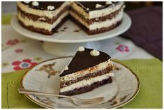 Dezert k nedělní kávičce? Vsaďte na Míša dort Czech Recipes, Ethnic Recipes, Tiramisu, Cheesecake, Sweets, Baking, Czech Food, Czech Republic, Cakes