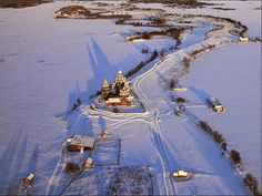 КИЖИ. Онежское озеро, Карелия, Россия__________ _____________Kizhi. Lake Onega, Karelia, Russia