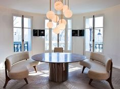 Curved banquettes + kitchen + breakfast room Ruelenotre via catchtag