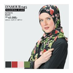 Pashmina Hijab / Kerudung Persegi Panjang  Size : 175 x 75 cm Bahan : Ceruty Warna : Black  Tersedia juga warna Peach, Navy
