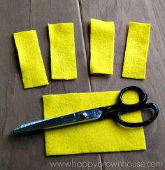 yellow minion arms
