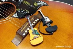 Guitar collection USBmemory  J45&DOVE on a Hummingbird