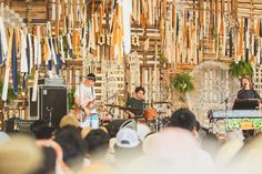 国内外から豪華なアーティストが数多く参加した「CORONA SUNSETS FESTIVAL(コロナサンセットフェスティバル)」-CROWN Stage クラムボン