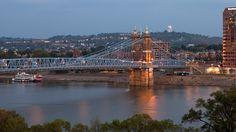Scenic Photos of Cincinnati Bridges, Skyline and Architecture