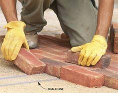 Cómo construir un camino de ladrillos o piedras