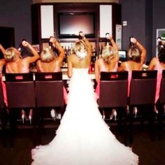 Cute Bridal Party pic! ;)  (but with Miller Lt, of course..)