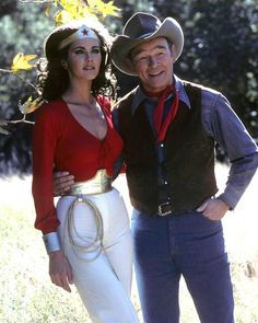Roy Rogers with Linda Carter as Wonder Woman Lynda Carter, Amazons Women Warriors, Most Beautiful Black Women, Katee Sackhoff, Tv Show Music, Justice League Wonder Woman, Roy Rogers, Great Tv Shows, Super Hero Costumes
