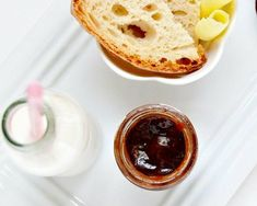 Pear and chocolate jam with cardamom Marmalade, Pudding, Desserts, Food, Tailgate Desserts, Deserts, Eten, Puddings, Postres