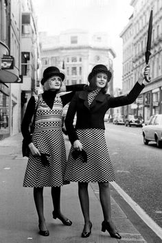 What Street Style Has Looked Like In The Past 100 Years #refinery29  http://www.refinery29.com/vintage-street-style-pictures#slide-23  1972: We've said it before, we'll say it again: #twinning is back. Double points for making it work with an Annie Hall vibe....