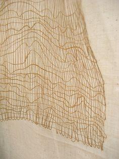 Erin Curry weave IV, via Flickr. linee curve e rette si alternano formando un disegno dinamico