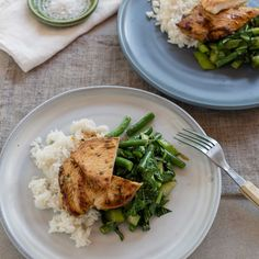 Deliciously Fragranced Thai Chicken with Coconut Rice and Asian Greens Chicken Green Beans, Thai Chicken, Mung Bean, Bean Sprouts, Coconut Rice, Jasmine Rice, I Foods, Entrees, Cabbage