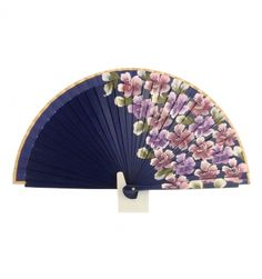 ABANICO MADERA MARINO FLORES 2 CARAS Hand Held Fan, Hand Fans, Fan Decoration, One Stroke Painting, Pretty Hands, Girl Swag, Fabric Dolls, Cute Jewelry, Victorian Fashion