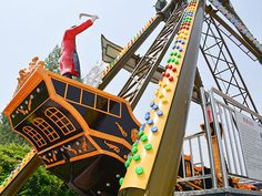 Hot-Sale Pirate Ship Ride Used For Playground At Best Price Pirate Ship Ride, Kids Pirate Ship, Pirate Boats, Call And Response, Amusement Park Rides, Carnival Rides, Stormy Sea, Outdoor Playground, Light Painting