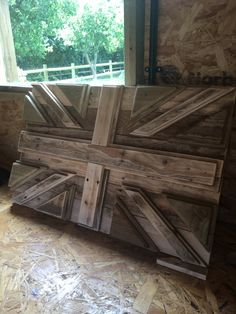 9 ideas for beautiful natural wallart - Nature Holds the Key Go Create, Herb Garden Pallet, Handmade Ottomans, Bar Plans, Wooden Bedroom, Lane Furniture, Rustic Wall Decor, Wooden Wall Art, Recycled Wood