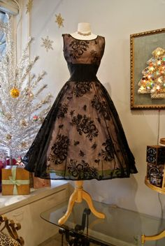 Vintage 1950's dream dress - golden tan taffeta is overlaid with flocked black organza, and topped off with a fitted midriff belt.