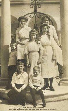 Grand Duchesses Tatiana Nikolaevna, Anastasia Nikolaevna, Maria Nikolaevna, Olga Nikolaevna  and Tsarevich Alexei Nikolaevich, with their Hessen cousins, ca. 1911.