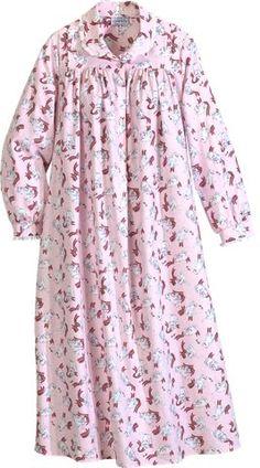 Lanz of Salzburg Flannel Nightgown in Playful Kittens Print Cute Sleepwear, Sleepwear Women, Night Suit, Night Gown, Christmas Nightgowns, Flannel Nightgown, Kurta Neck Design, Pajama Outfits, Kids Frocks Design