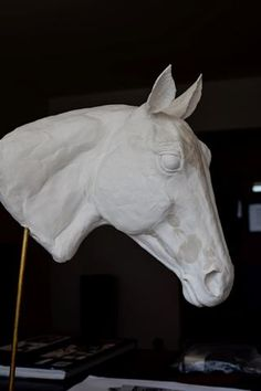 The 5 Differences Between Air Dry Clay and Ceramic Clay - Susie Benes Sculpture Head, Horse Sculpture, Animal Sculptures, Sculpture Portrait, Ceramic Clay, Porcelain Ceramics, Clay Projects, Clay Crafts, Clay Wall Art