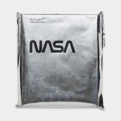 Standards Manual / National Aeronautics and Space Administration (NASA) / Graphics Standards Manual / Packaging / 2016