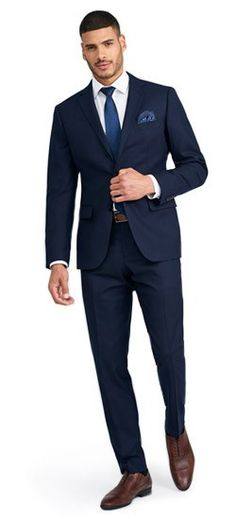 As the weather cools, keep warm in a navy suit brushed to an ultra-soft flannel finish. Dress Suits For Men, Men's Suits, Nice Suits, Mens Dress Outfits, Guy Outfits, Work Suits, Pants Outfit, Men Dress, Interview Outfit Men