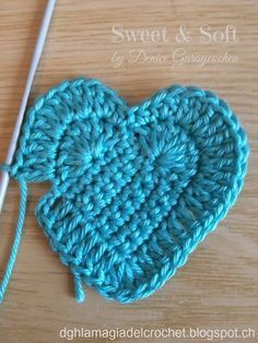 ideas crochet heart stitch hat yarns for 2019 Crochet Squares, Crochet Motif, Crochet Flowers, Crochet Stitches, Free Crochet, Knit Crochet, Crochet Hearts, Yarn Projects, Crafts