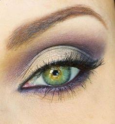 Make up for green eyes.