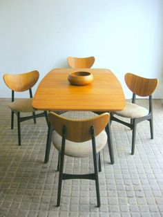 G plan Table And Four Butterfly Chairs