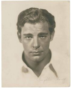 Lon Chaney, Jr. Hollywood Actor, Golden Age Of Hollywood, Hollywood Stars, Classic Hollywood, Old Hollywood, Hollywood Icons, Classic Horror Movies, Classic Movie Stars, Classic Films
