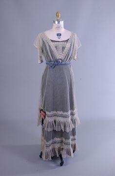Dress, 1890s, Wayne State University (That date seems wrong. I'd guess ca. 1910.)